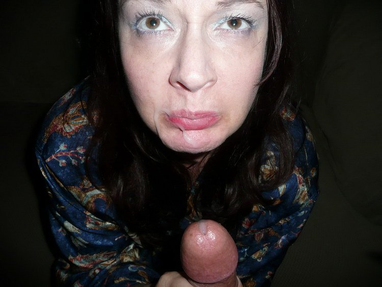 Wife blow job submitted amateur