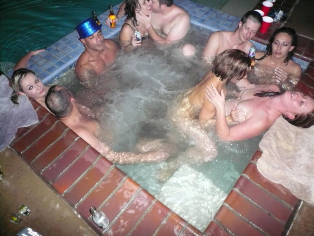amateur hot tub group sex
