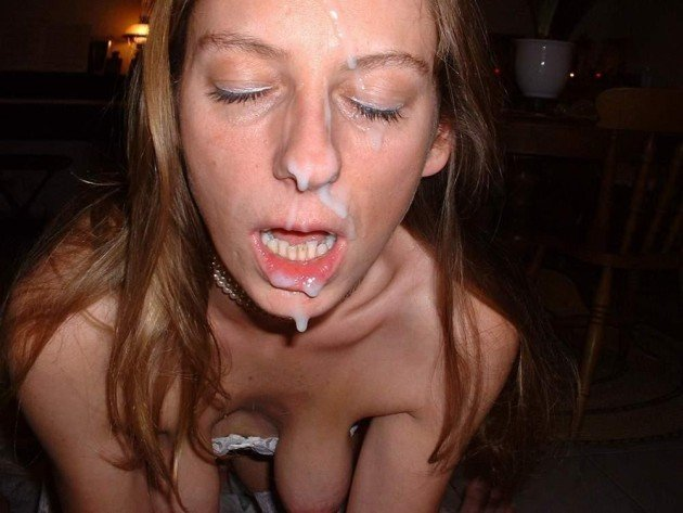 Amateur MILF got a huge facial cumshot