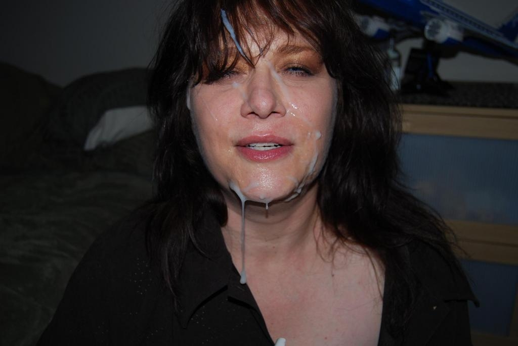 A big facial at the house party 4