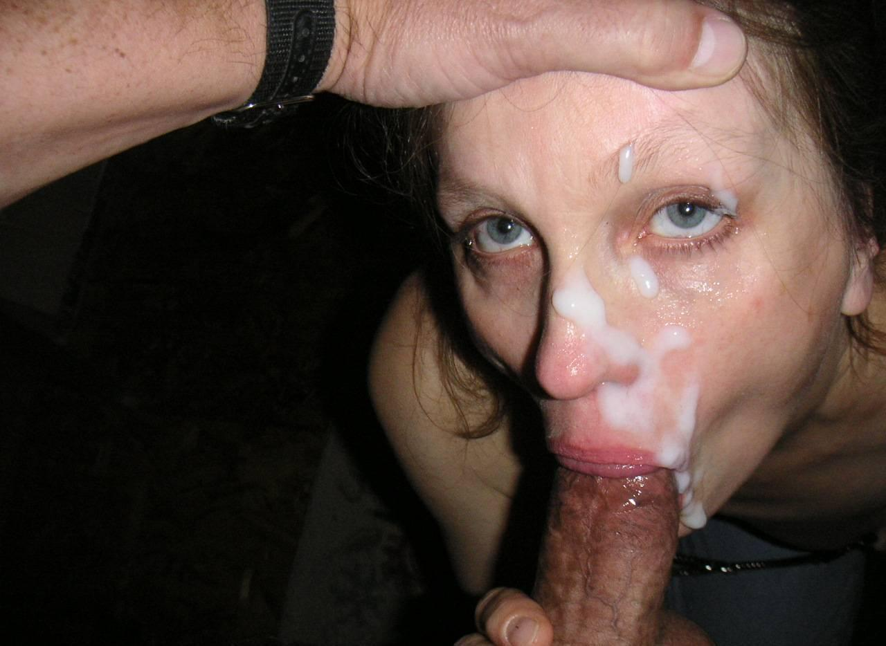 Mature small tits cum swallow