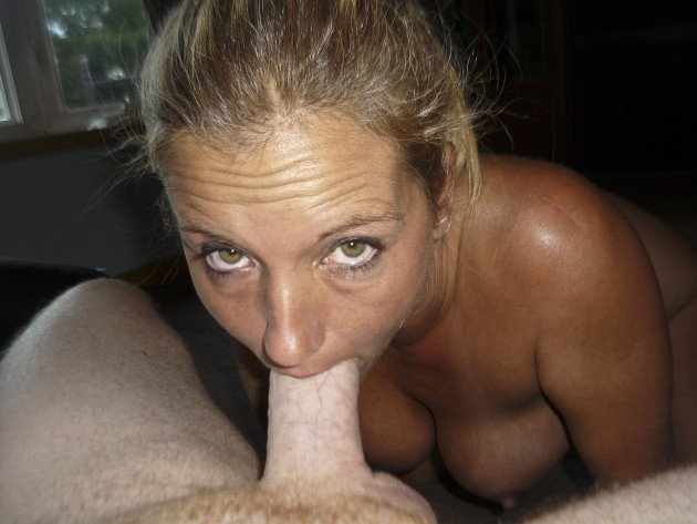 Blowjob pic from a beautiful bigtit MILF
