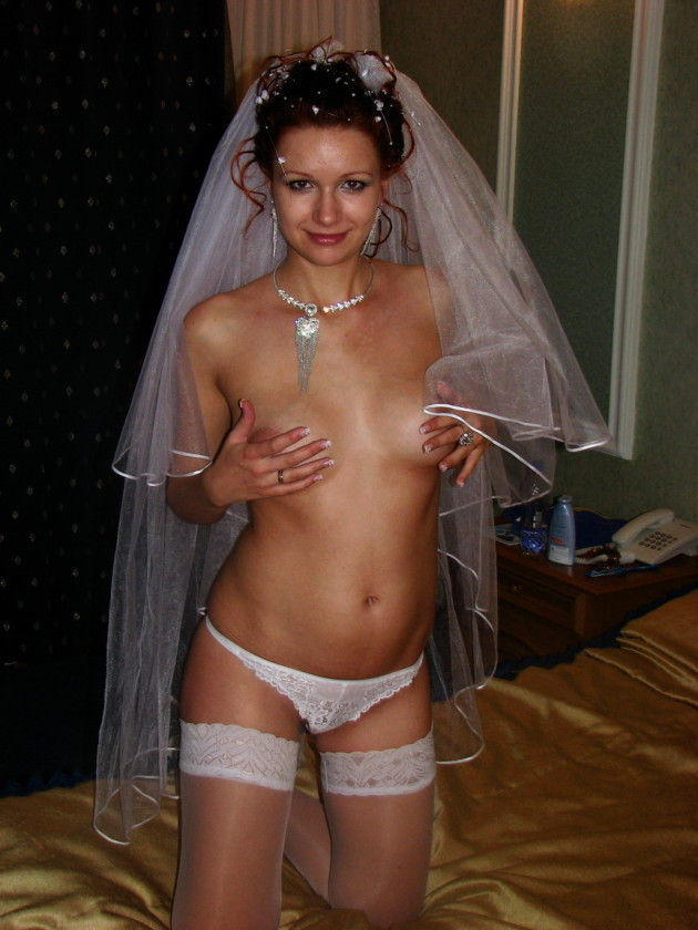 Hot bride naked after the wedding