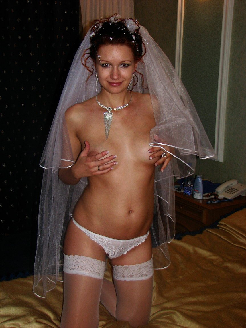 Wedding night nude wife