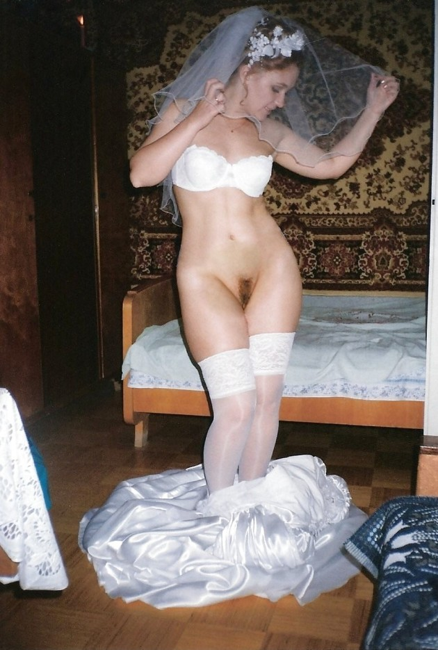 Nudes of a real bride after the wedding