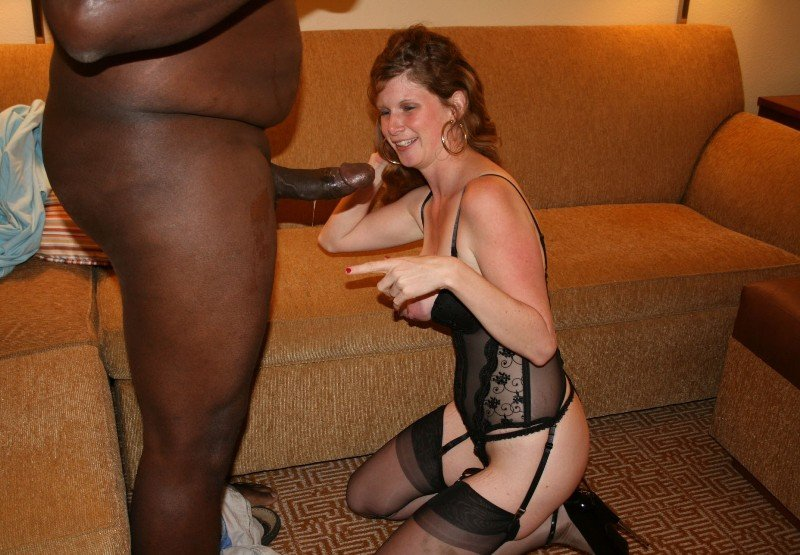 Amateur milf husband go at it