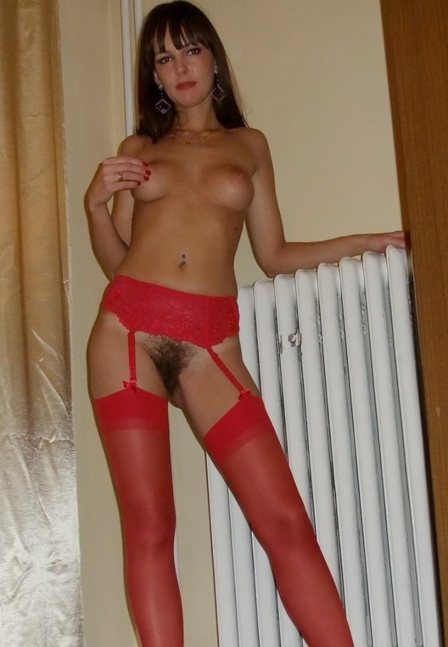 Older Is Better  5 Nude Milf Pics To Prove It -2111