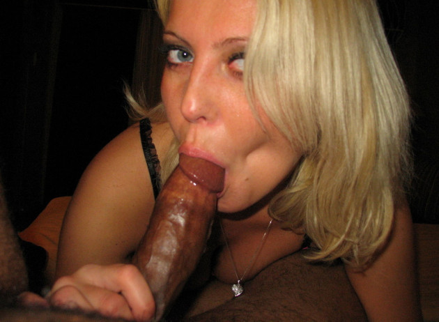 Real MILF giving a blowjob to a BBC