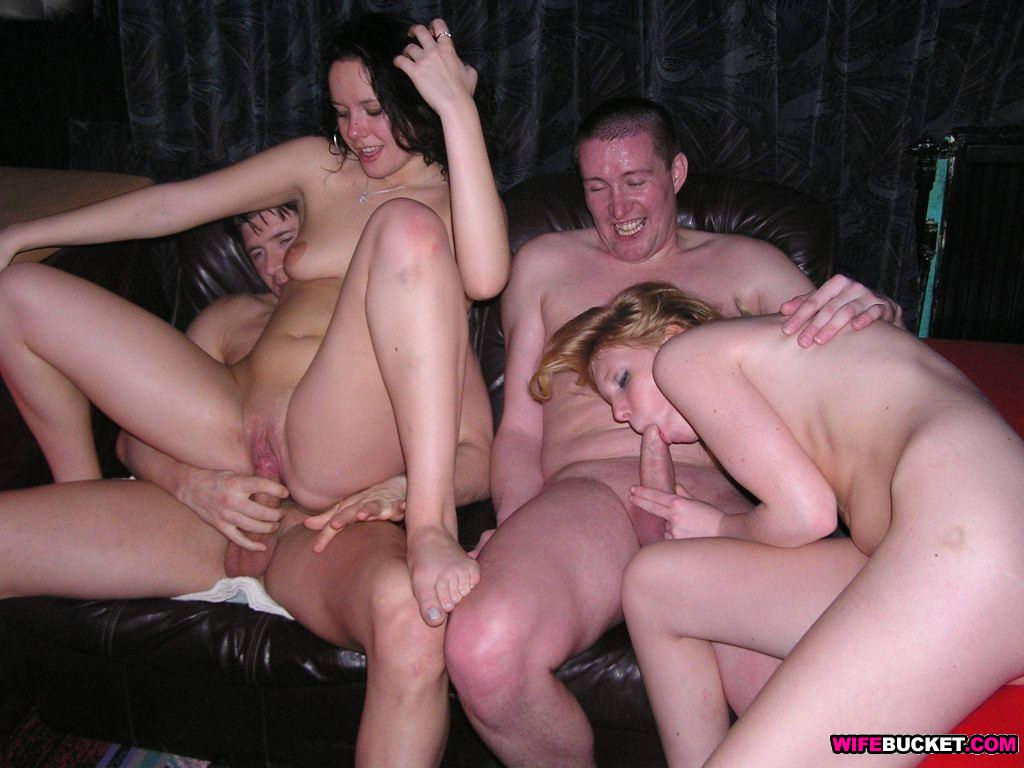 swinger wife home amature party video