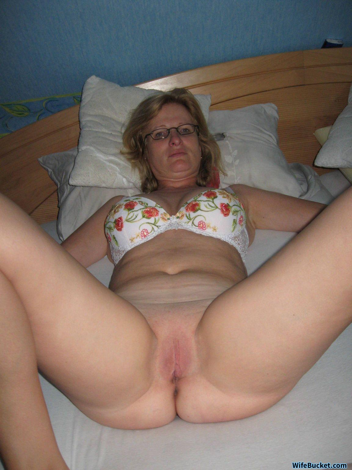 Seems Wife s sister nude something
