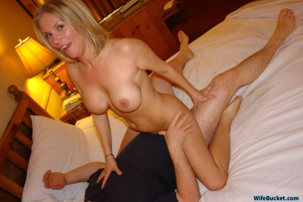 Cheating wife sex pics