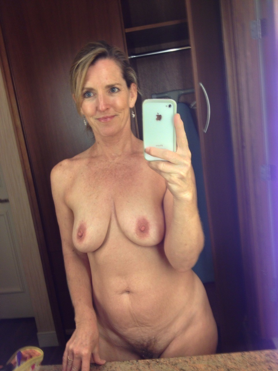 nude Amateur selfie wife