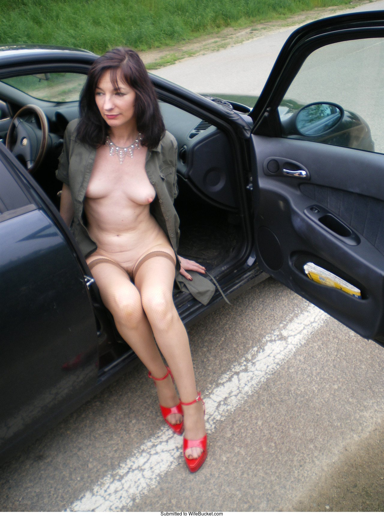 Naked mom in car