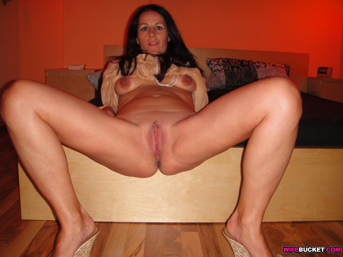 Casting Skinny French brunette deep sodomized