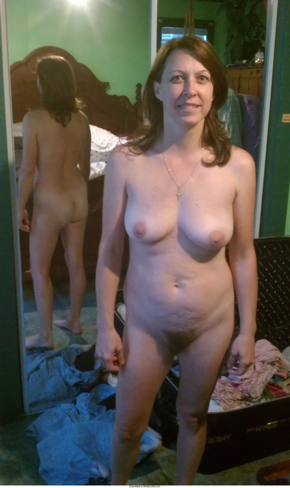 at home amateur nude looking mature Plain