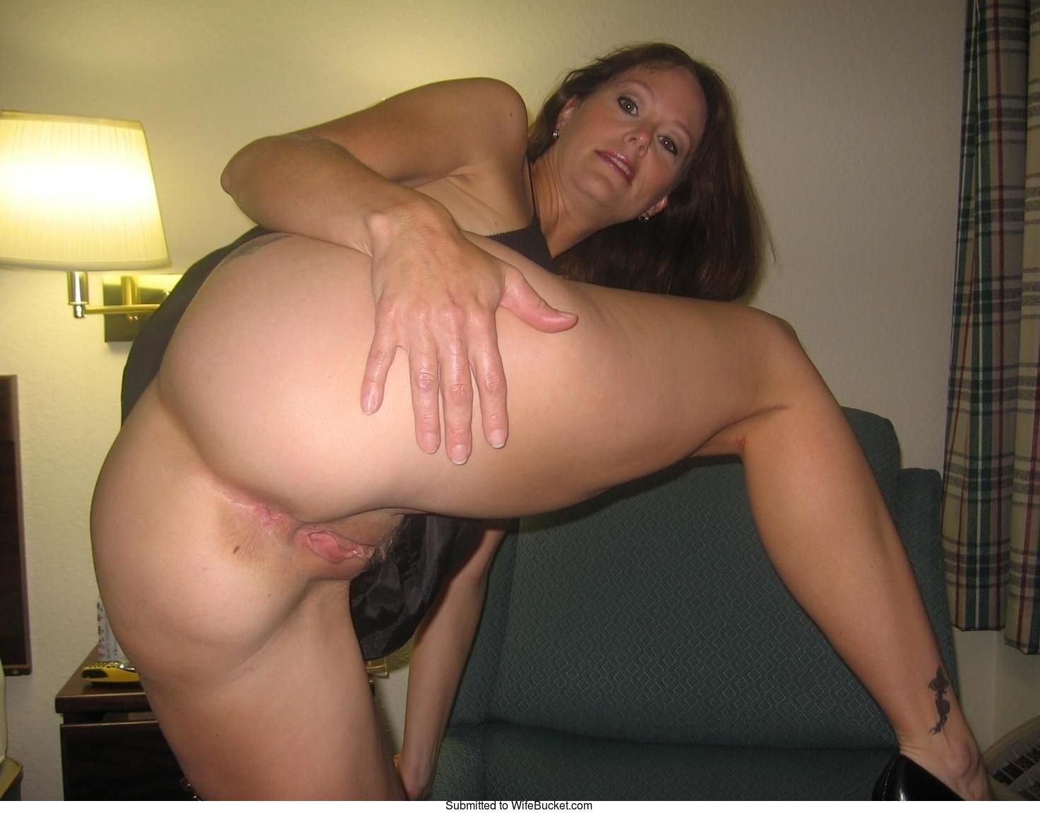 Free amateur milf videos thirties