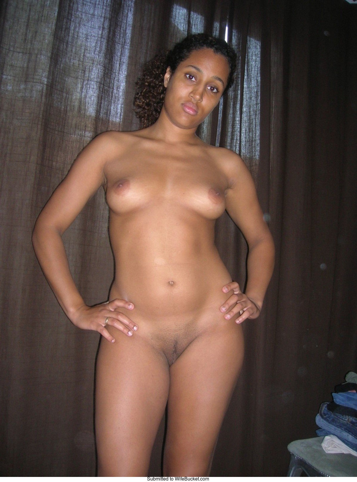 looking for your wife nude