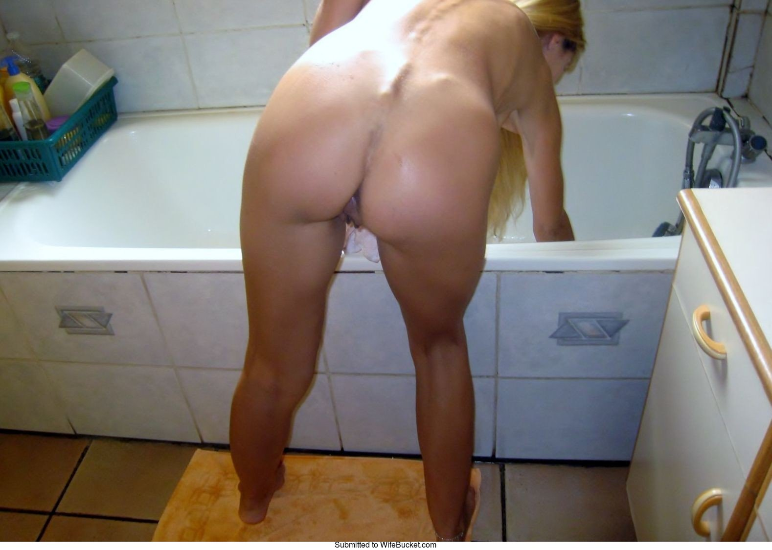 mature wife self pics nude