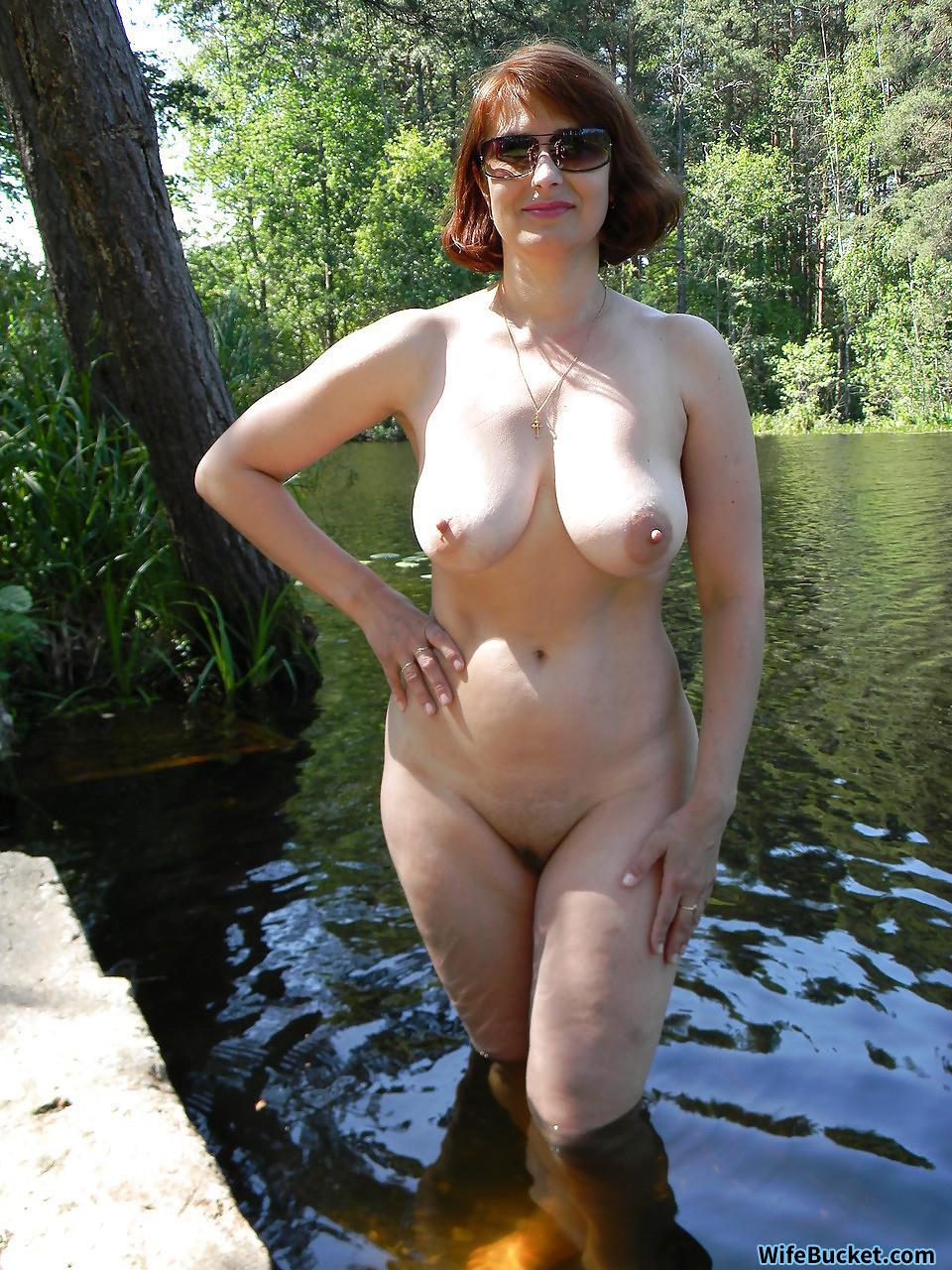real nude wife pussy outside