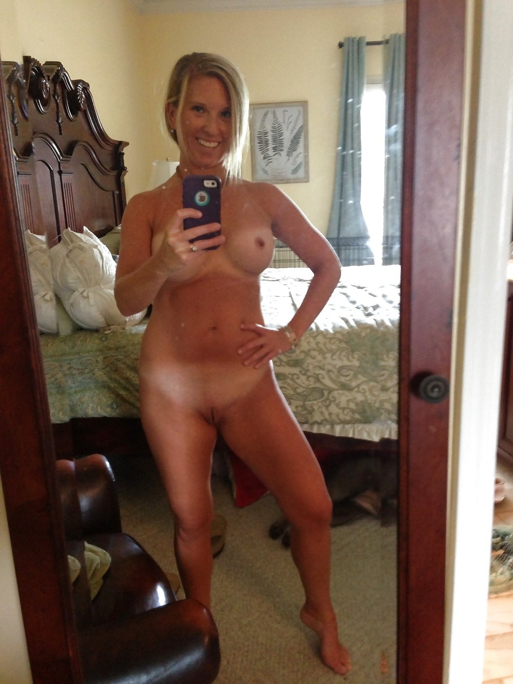 Understand you. Mature nude mirror shots