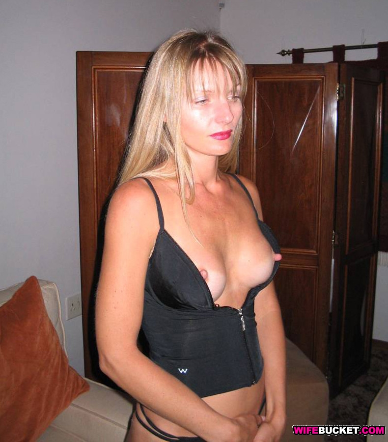 Hot mature wife videos