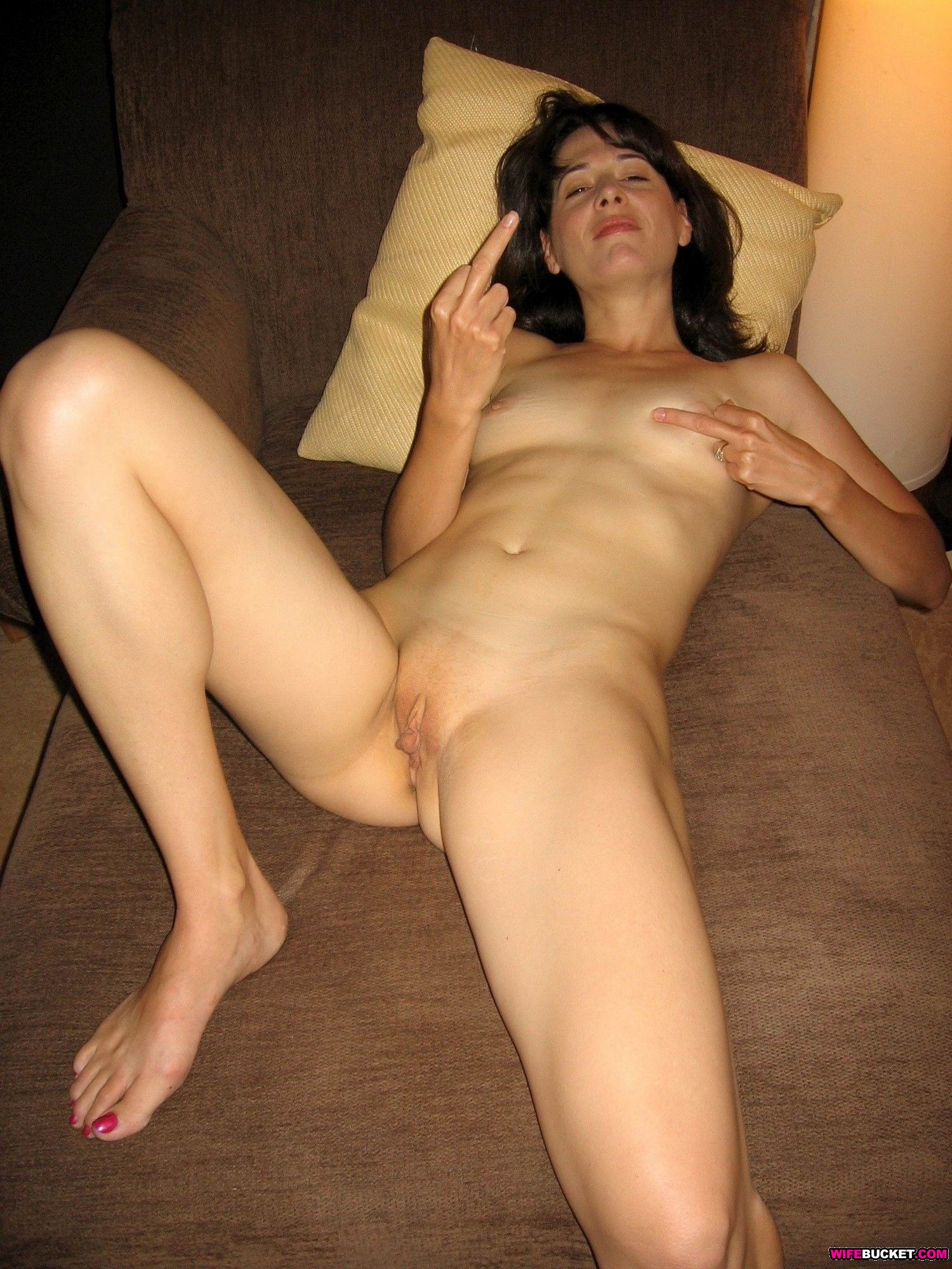 Wife Bucket - Naked wives, home porn, amateur swingers ...
