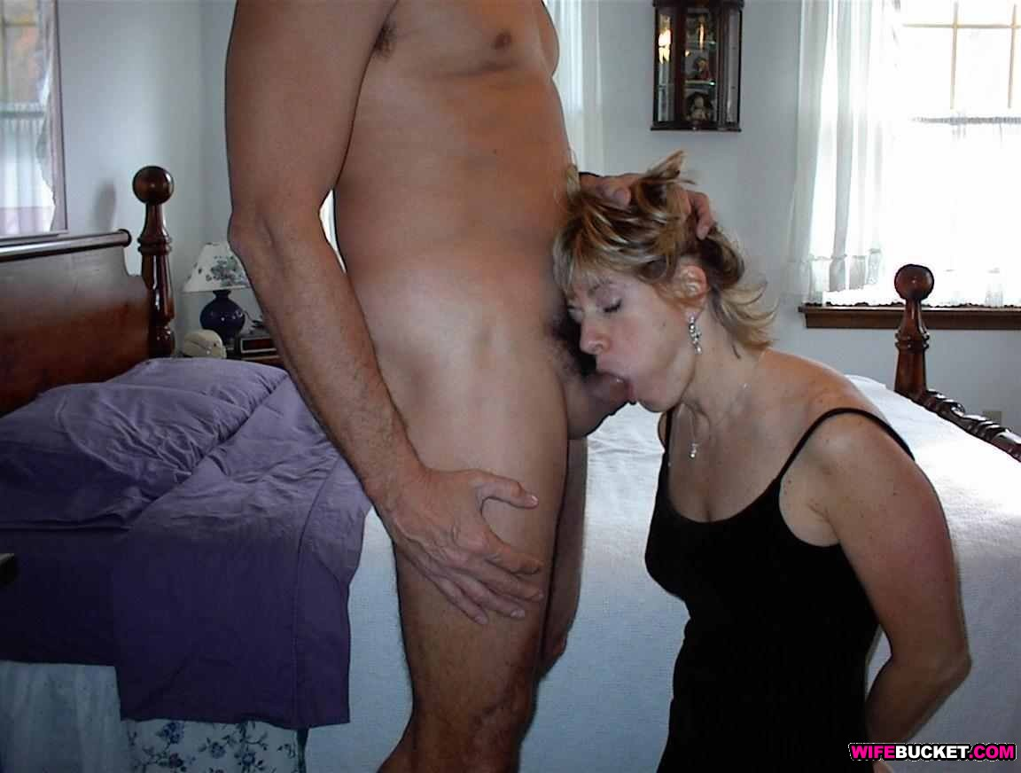 Cheating amateur wife gets hard fucking
