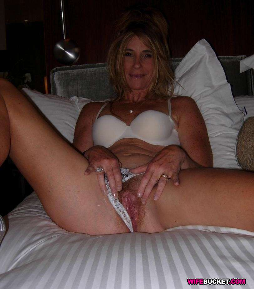 Can amateur mature housewives and milfs