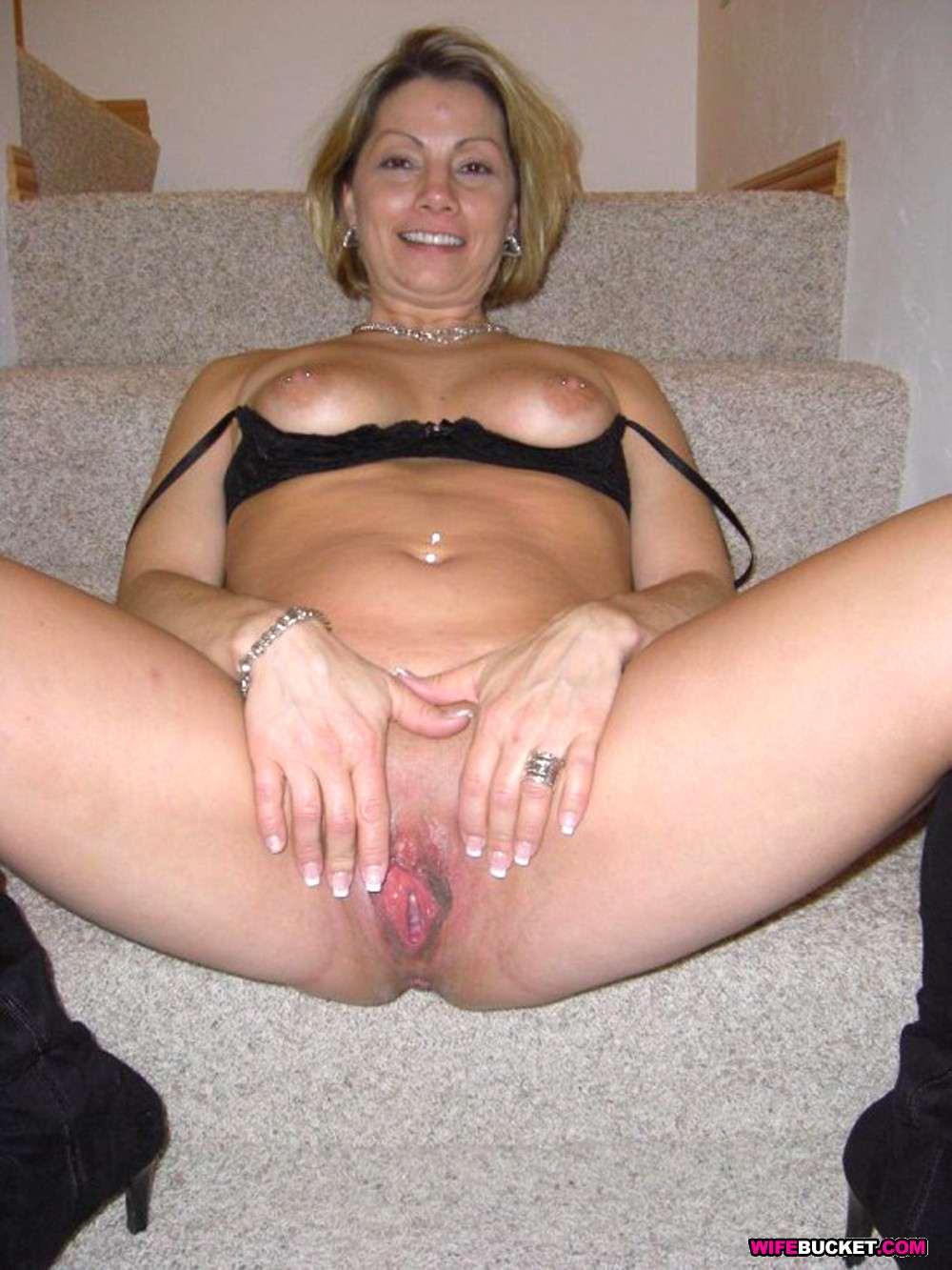 blonde sport women naked