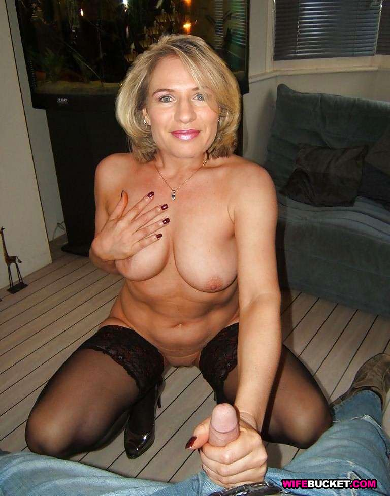 amateur mature two guys hamster