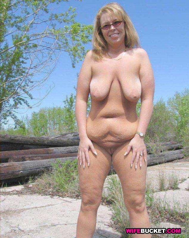 nude mature milfs standing