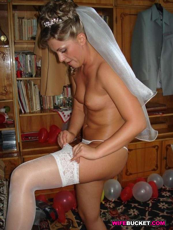 Naughty nude brides porn galleries