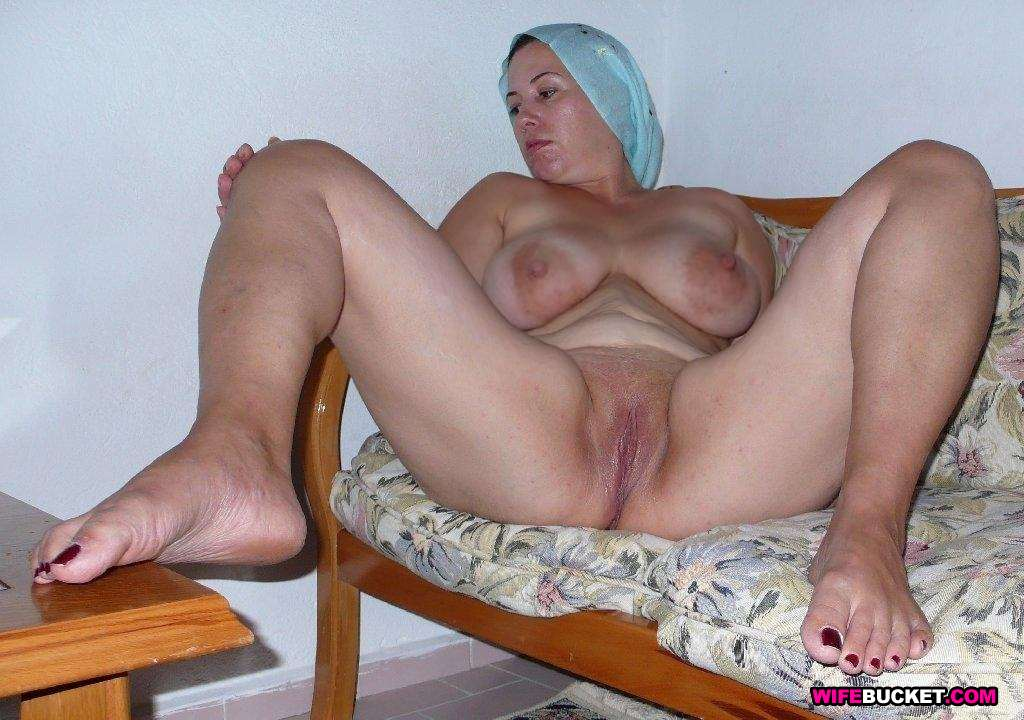 Big boobed rita gets her tits fucked gonzo style on prime 8