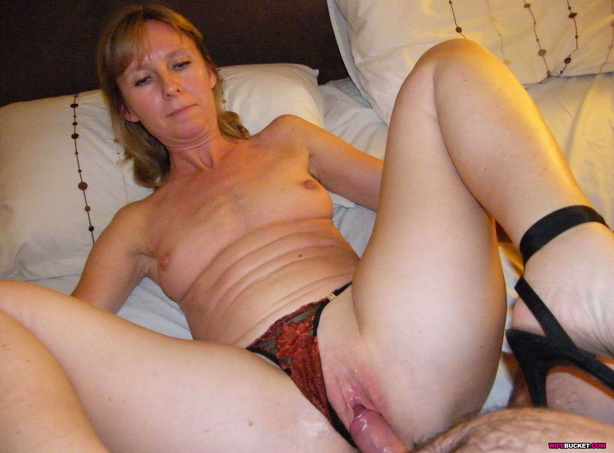 Real amateur mature couple on beach 3