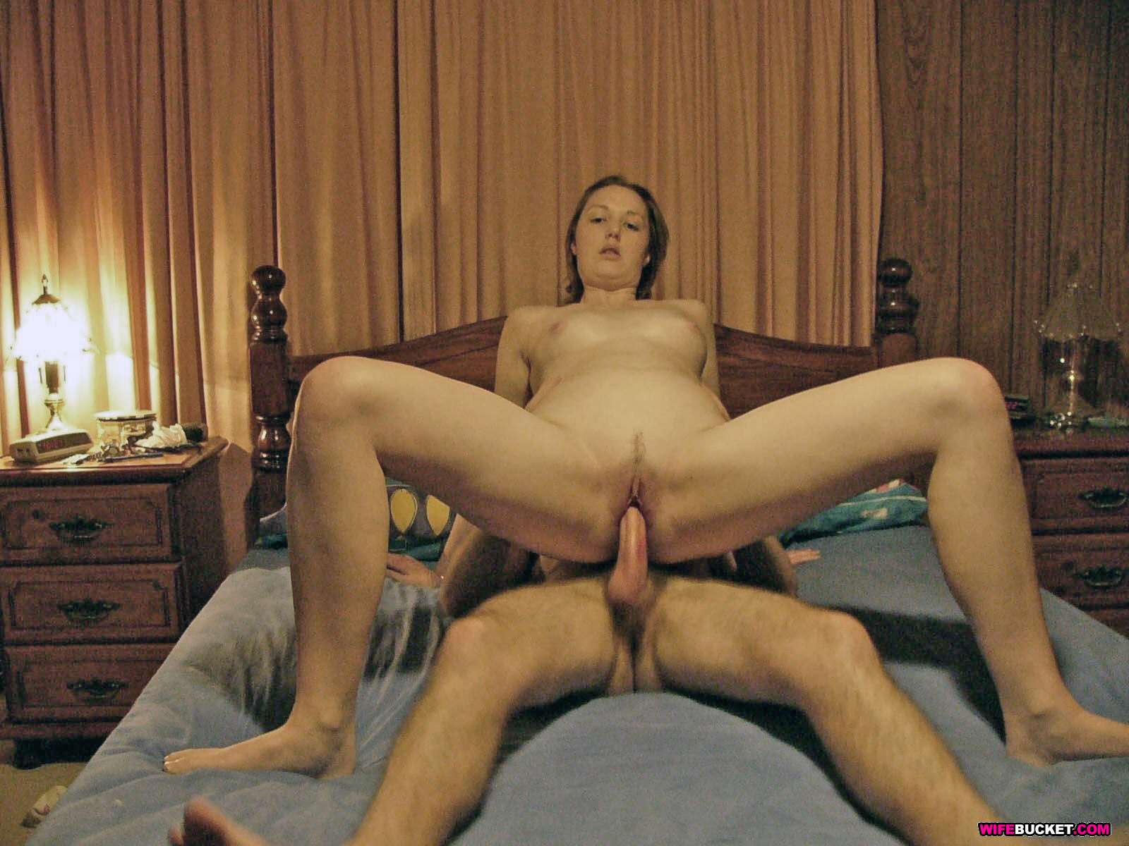 Wife Bucket - Naked Wives, Home Porn, Amateur Swingers -8789