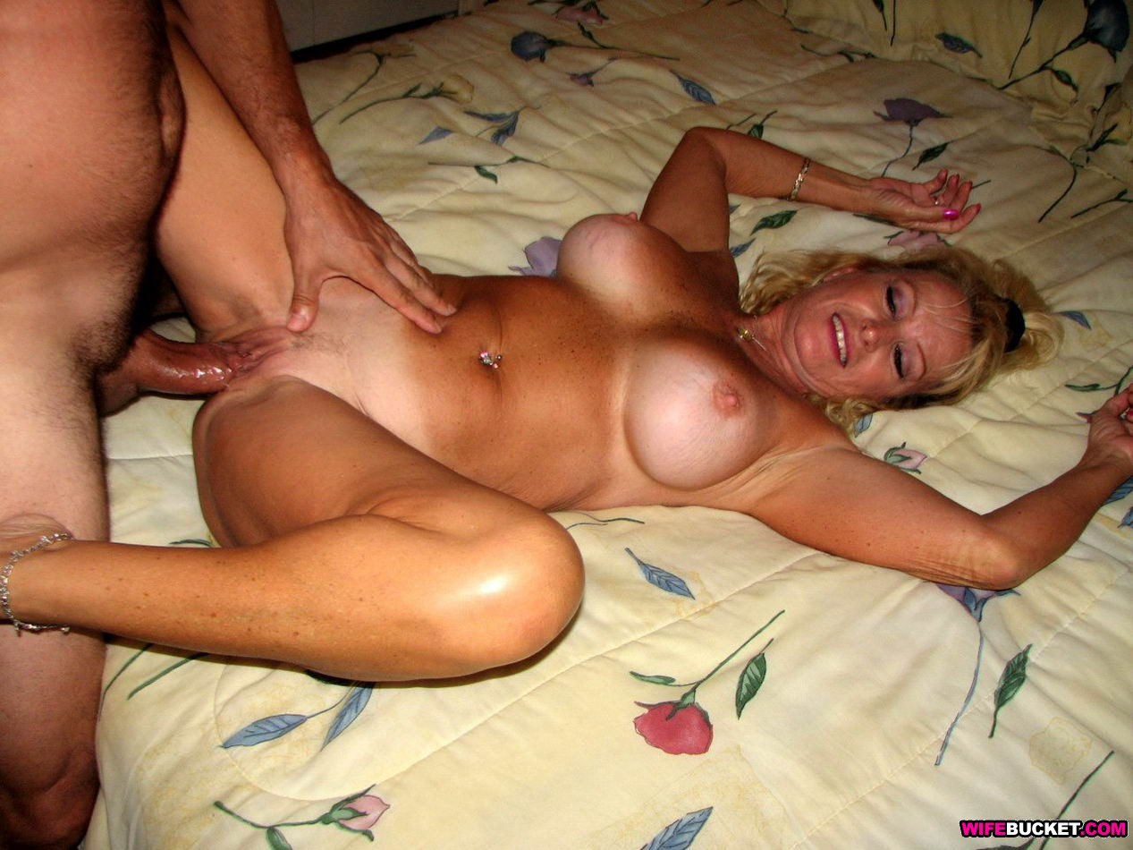nude wife s interracial