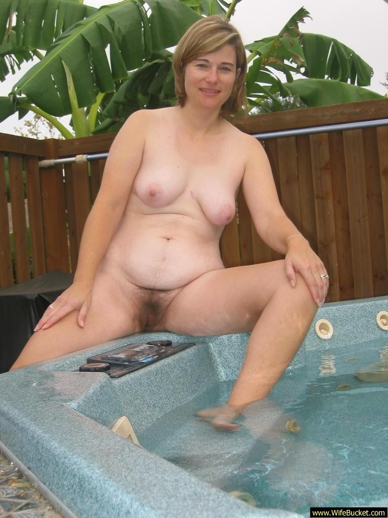 amateur hot tub sex videos