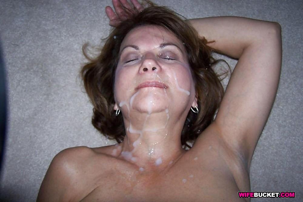 фото пожилых голых женщин в сперме