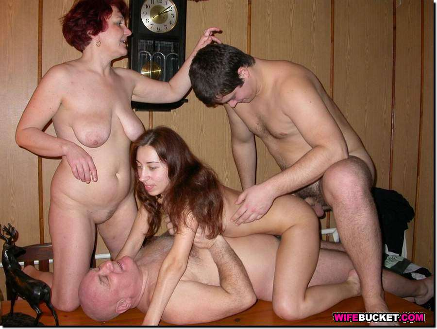 Порно секс фото семейное
