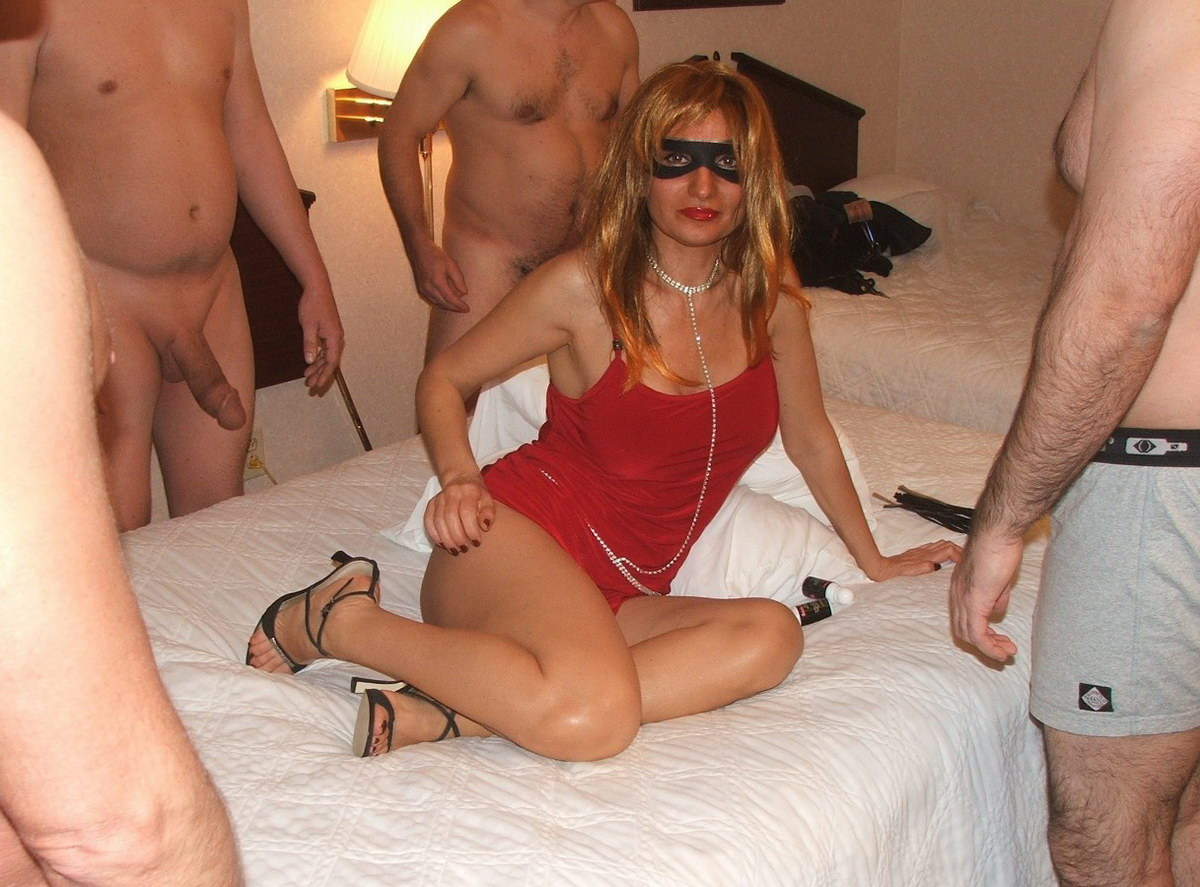 sex-party-swinger-wife-bobes