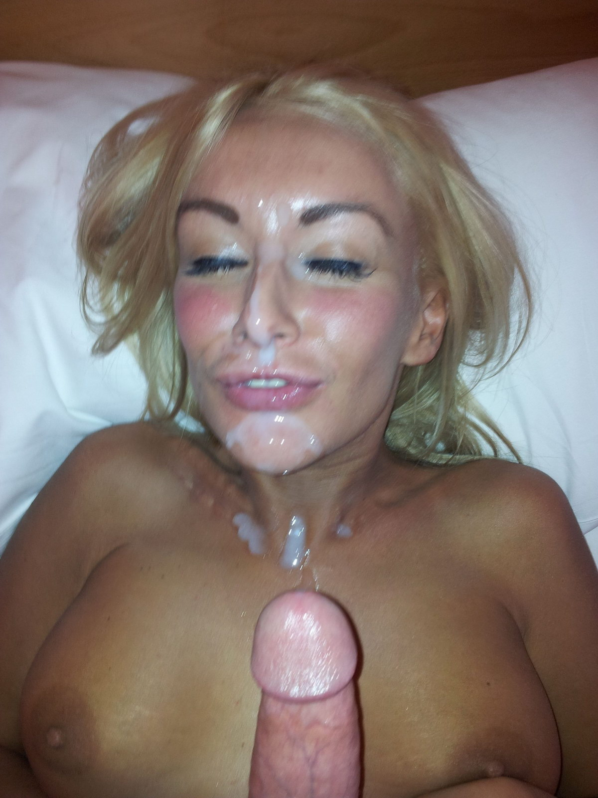 Theme, very Naked female facial cumshots something