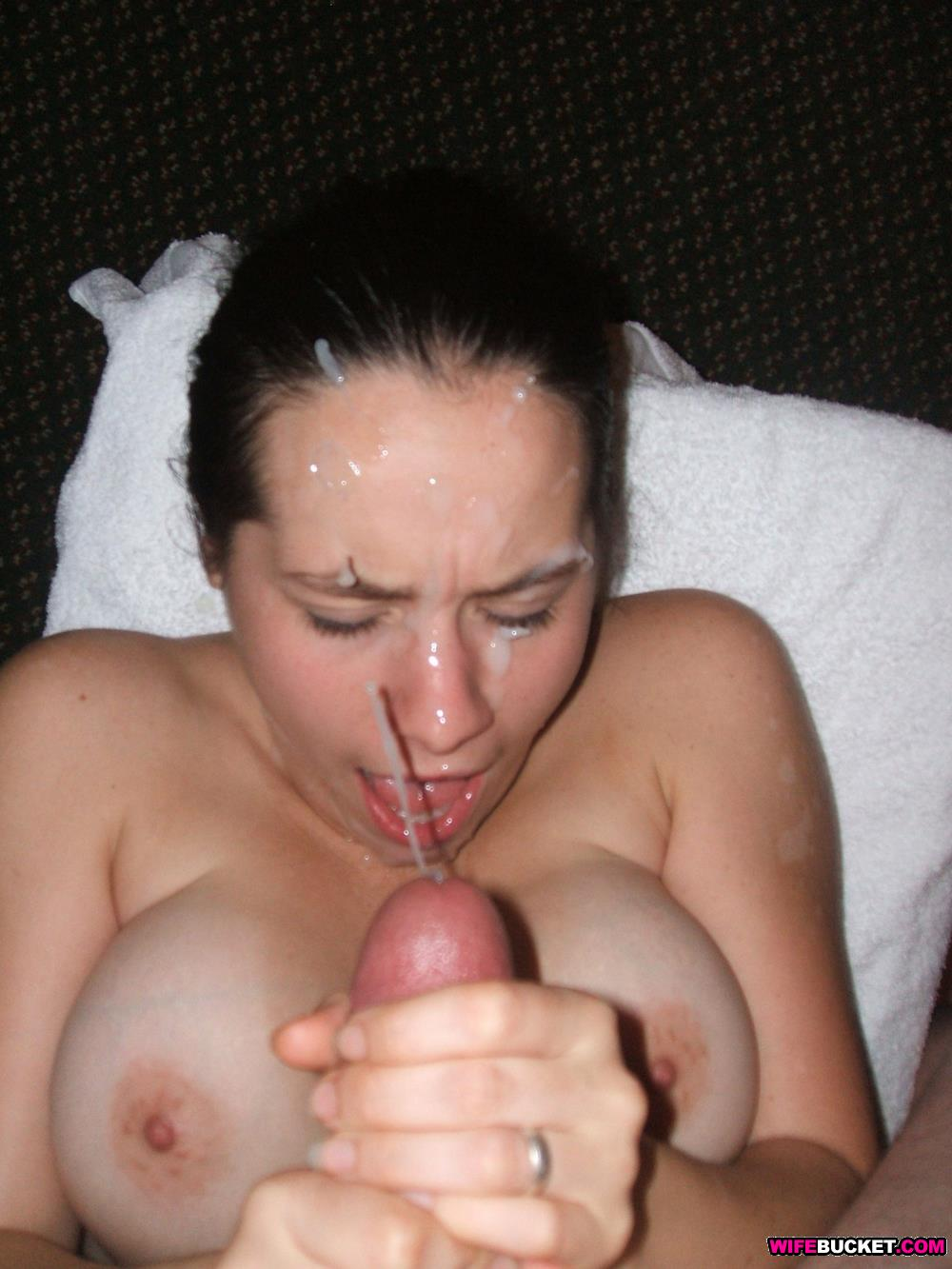 Amateur homemade latina facial