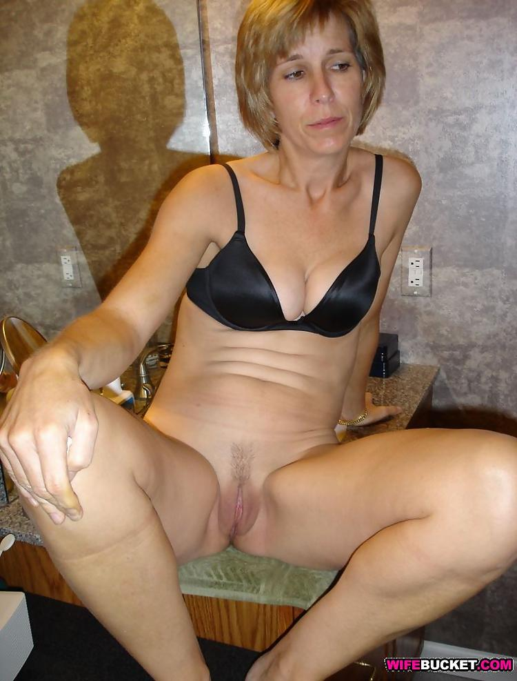 Wifebucket  Only Nude Amateur Wives-3740