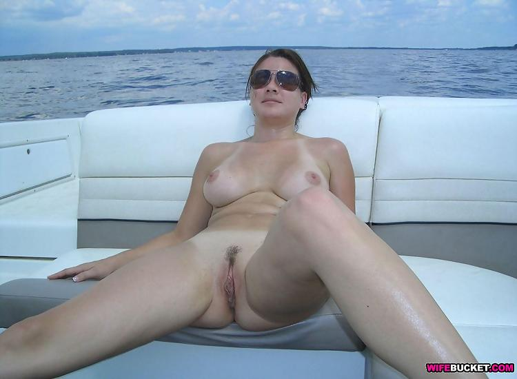 Not trust Pics naked chubby moms at sunset