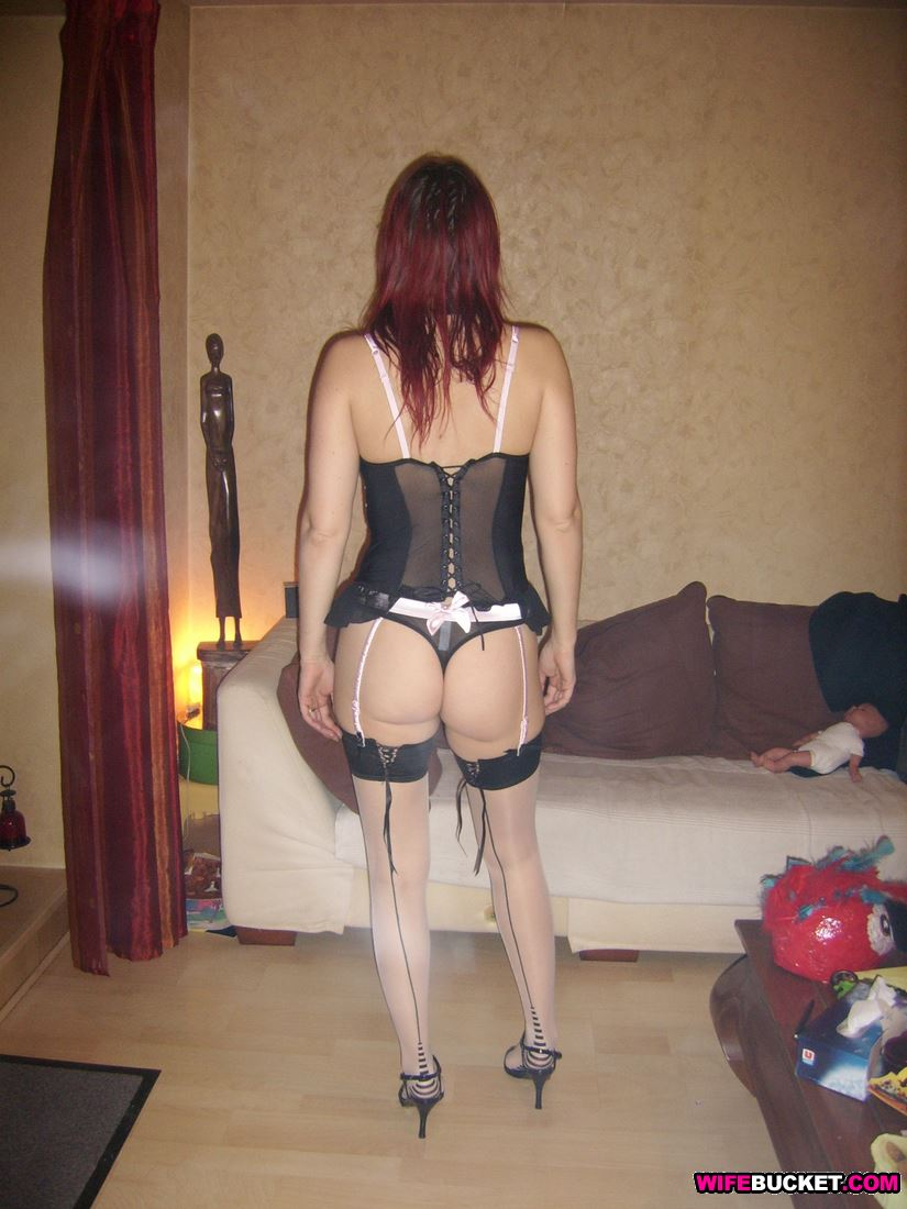 Wifebucket  Nude Milf In Sexy Lingerie-8136