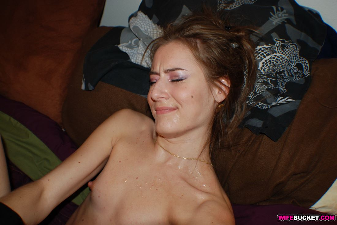 Amateur wife cum bucket