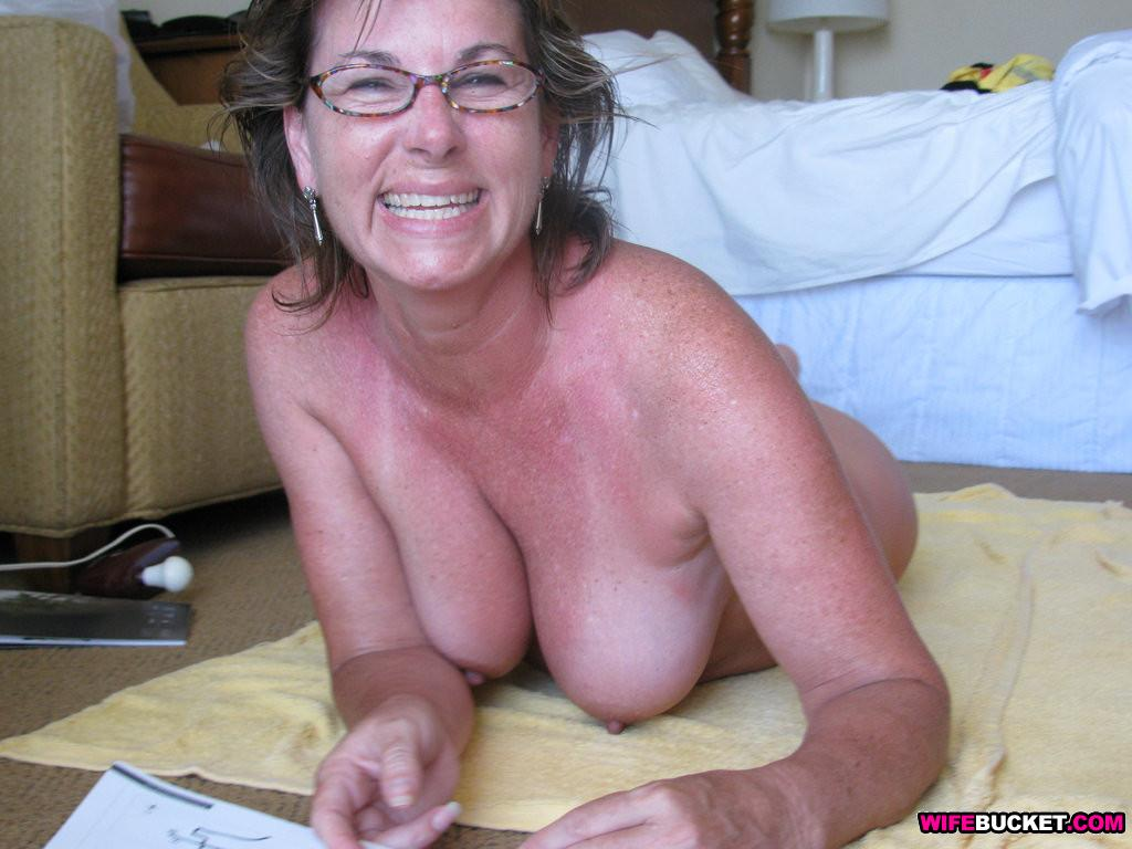wifebucket real mature wife fucked hard