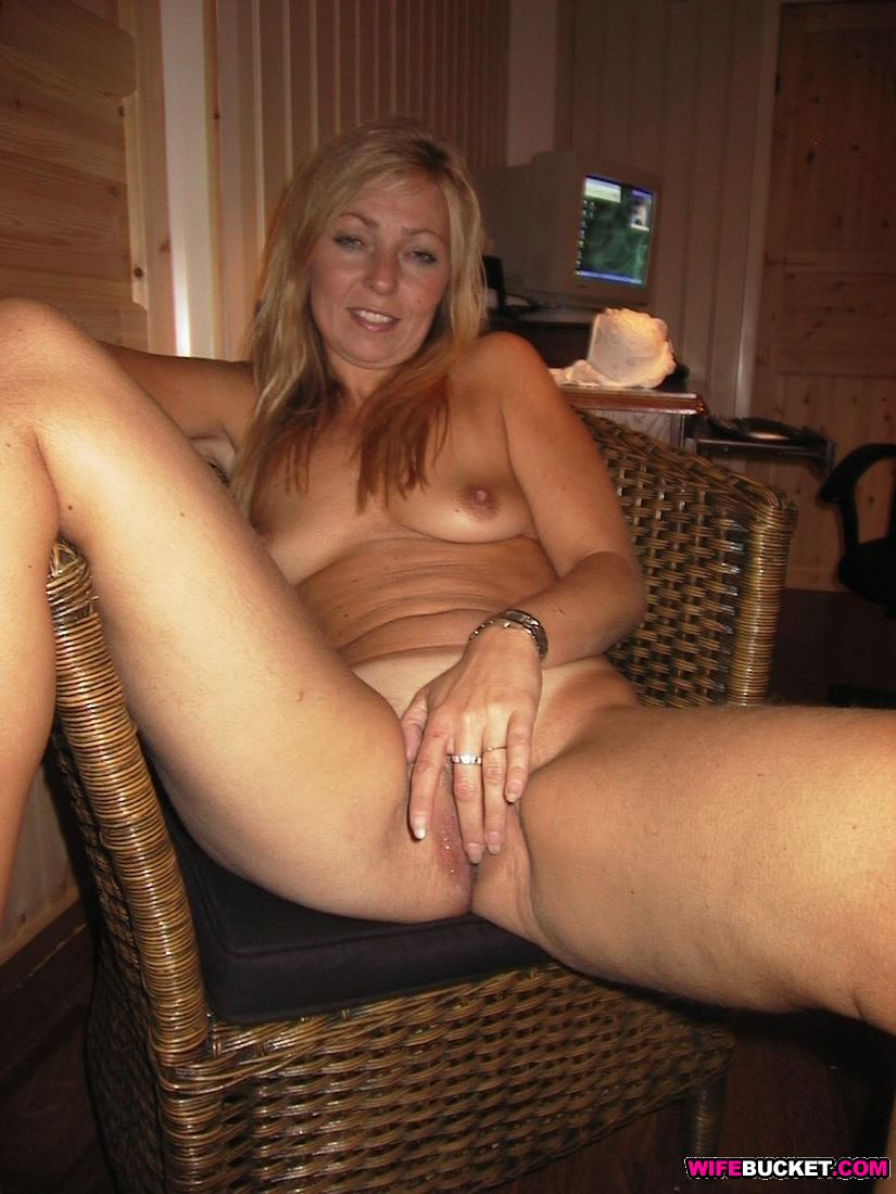 Wifebucket  Nudes Of A Real Wife Over 40-4412