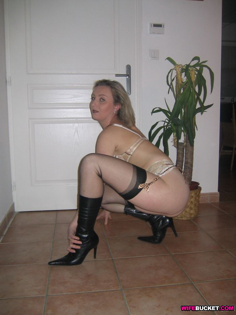 lingerie amateur mature ladies