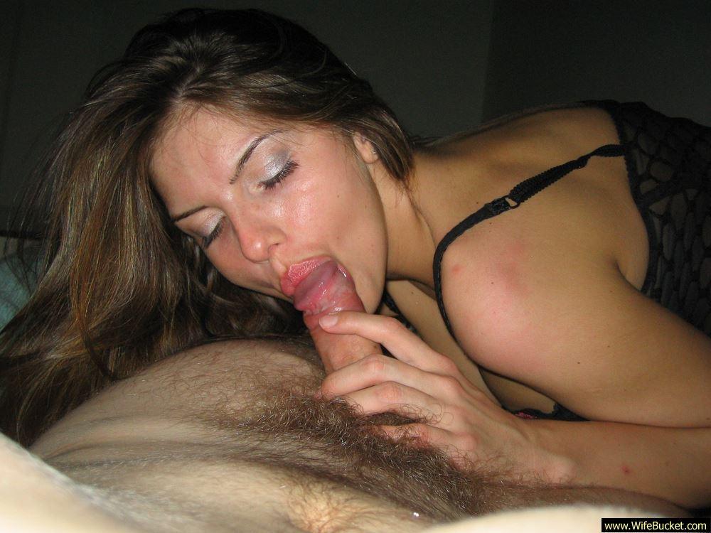 Amateur plump women stripping naked videos